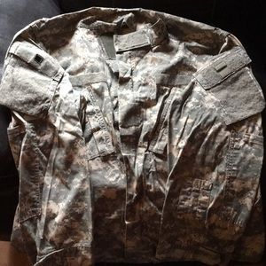 Other - US Army ACU Top size: Large green/tan used